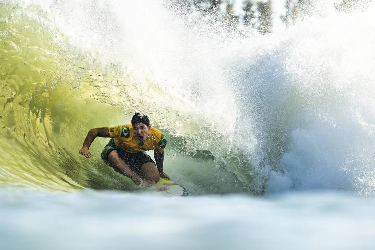 Brasileiro foi o vencedor da oitava etapa da Liga Mundial de Surfe, no Surf Ranch Pro, na Califórnia