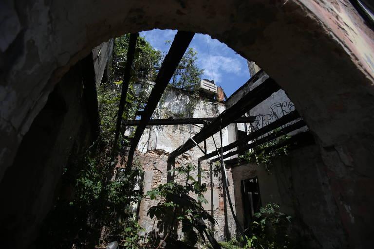 Arquivos e museus desprotegidos no Brasil