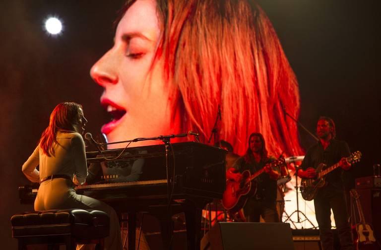 """Lady Gaga caracterizada com Ally em """"Nasce Uma Estrela"""""""