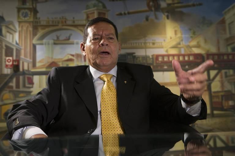 O general Hamilton Mourão (PRTB), candidato a vice na chapa de Jair Bolsonaro (PSL) à Presidência