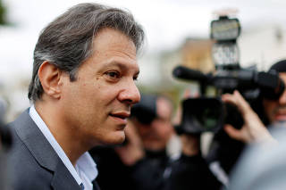 Workers Party vice presidential candidate Fernando Haddad, arrives to the Federal Police headquarters, where Brazilian former President Luiz Inacio Lula da Silva is imprisoned, in Curitiba