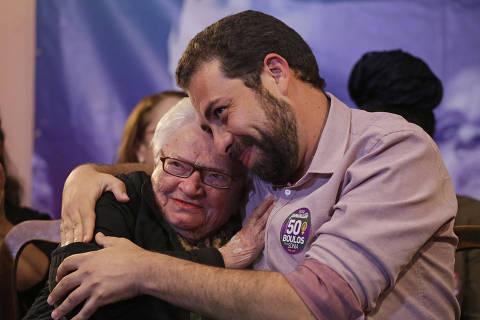 Caetano, Chico e ex-petistas dão apoio a Boulos em SP e reforçam resistência da esquerda a nome do PT