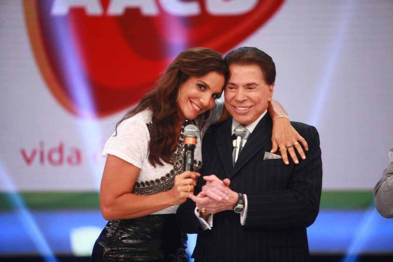 Silvio Santos abraça Ivete Sangalo durante Teleton de 2013