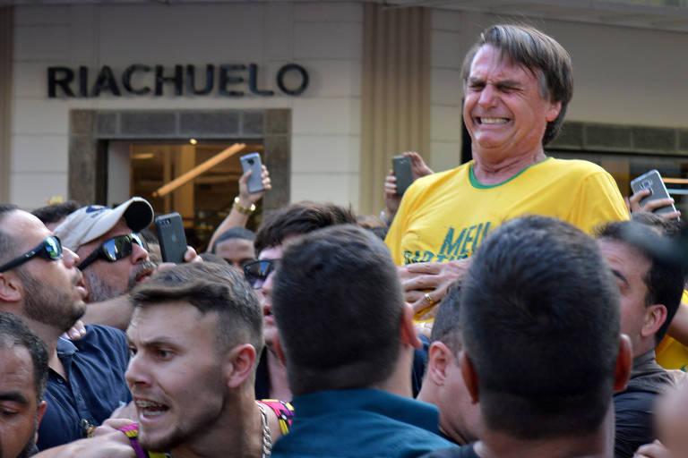 Jair Bolsonaro (PSL) após atentado à faca, em Juiz de Fora (MG)
