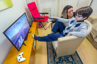 Youtube Para Crianças, Francisco Machado Quevedo, Ana Paula Machado, Criança, Jovem, Adolescente, Youtube, Vídeos, Internet, Televisão