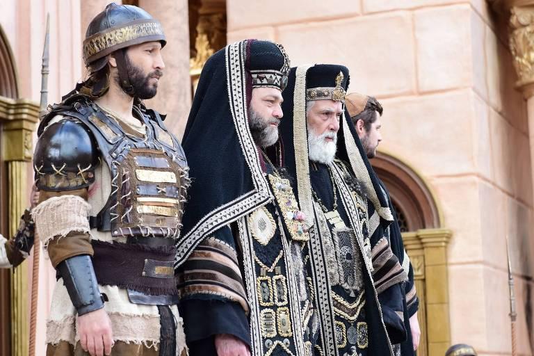 Caifás manda prender Messias