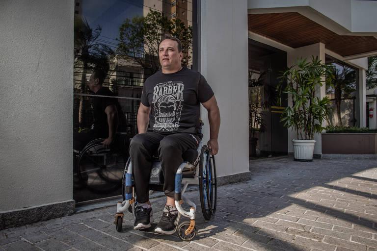 Leandro Simioni, ex-jogador de futebol
