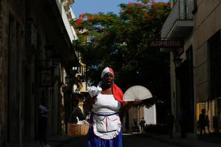 Lyssett Perez, sells peanuts on the streets in Havana