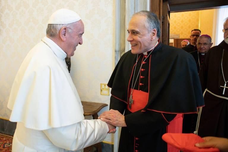 O cardeal Daniel DiNardo, da arquidiocese de Galveston-Houston, durante encontro no Vaticano com o papa Francisco para debater os casos de abuso nos EUA