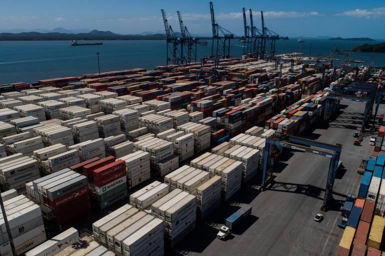 Terminal de contêineres de Paranaguá, controlado pelo grupo chinês China Merchants Port, no litoral do Paraná