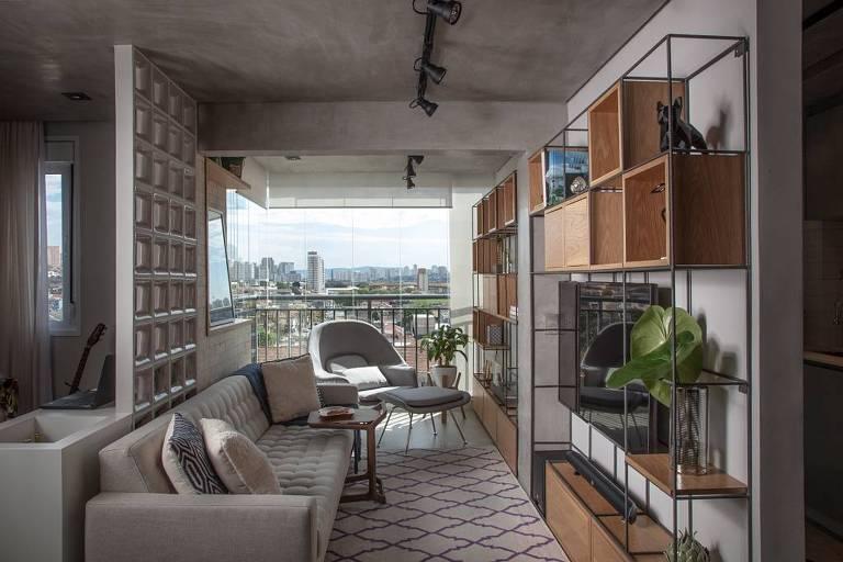 Apartamento do arquiteto Bruno Moraes, no Ipiranga, recém-reformado