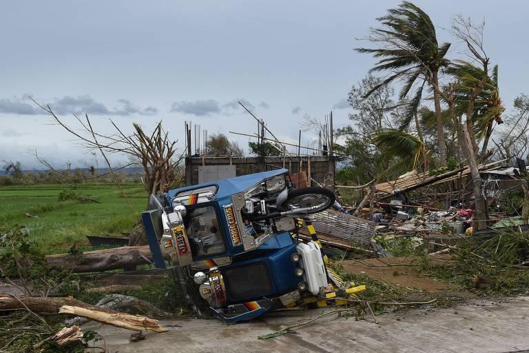 Tufão deixa ao menos 28 mortos e 2 desaparecidos nas Filipinas