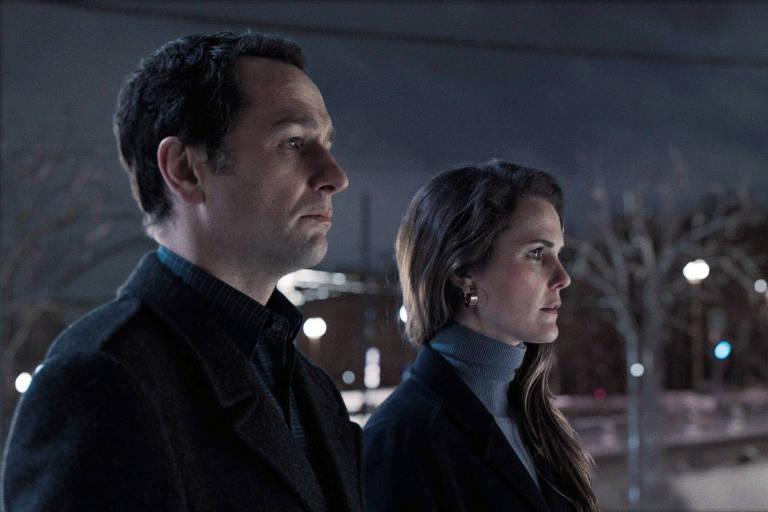 Os atores Matthew Rhys e Keri Russell, em cena de 'The Americans'