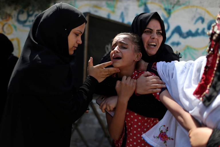 Palestinas lamentam a morte de Sohaib Abu Kashef, 16