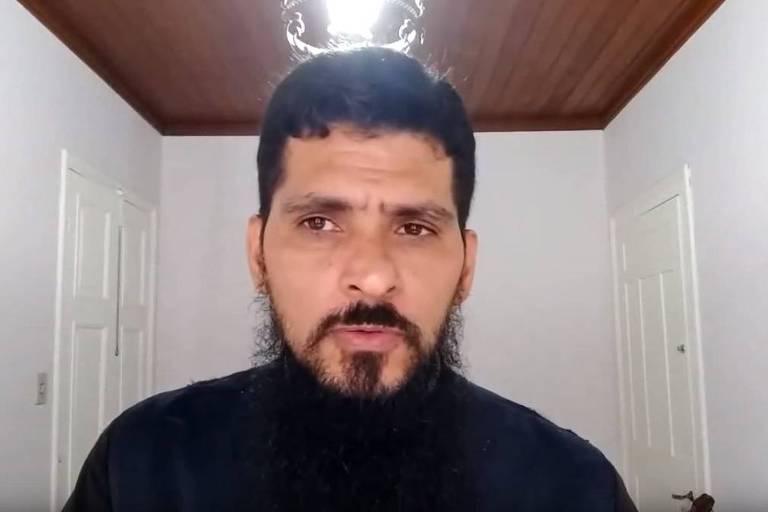 Jean Rogers Rodrigo de Sousa, 45, suspeito de abuso sexual contra religiosas e que deixa de ser padre -- punição mais grave que a Igreja Católica pode impor a um clérigo