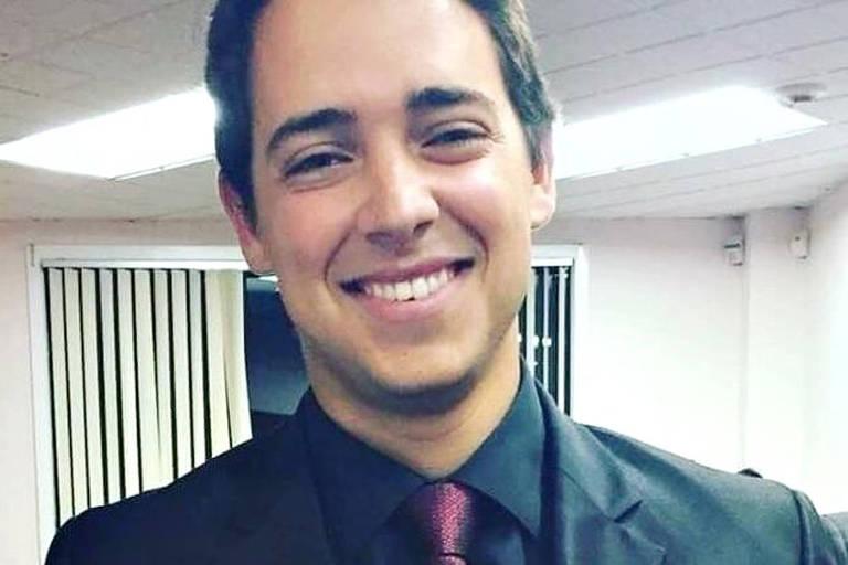 O jovem Arthur Médici, 26, que morreu após ser atacado por um tubarão em praia dos Estados Unidos