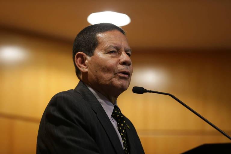 General Mourão, o vice do Bolsonaro, participa de debate no Secovi-SP