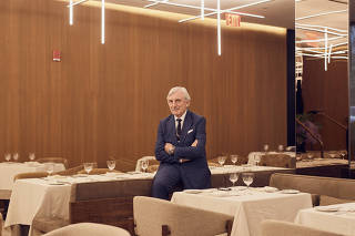 Julian Niccolini, a co-owner of the Four Seasons restaurant who has been serving lunch to Wall Street?s elite since 1977, at its new location in New York.