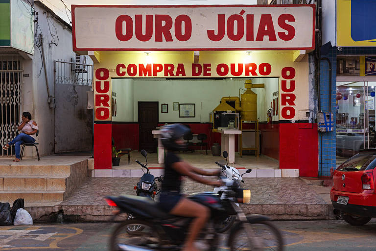 Loja de compra de ouro no centro de Itaituba, município com 100 mil habitantes que se autodenomina 'cidade pepita'