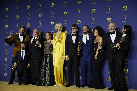 70th Primetime Emmy Awards - Photo Room - Los Angeles, California, U.S., 17/09/2018 - The cast poses backstage with the Outstanding Drama Series award for