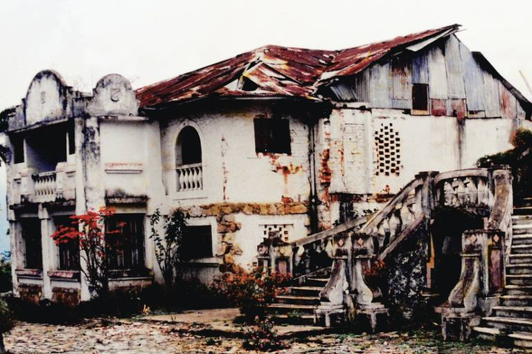 O hotel foi abandonado durante décadas