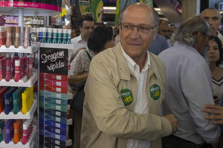 Geraldo Alckmin visita comércio popular na região do Brás, em São Paulo