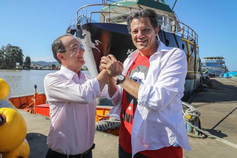 Fernando Haddad e Décio Lima, candidato a governador pelo PT em Santa Catarina, durante campanha em Itajaí