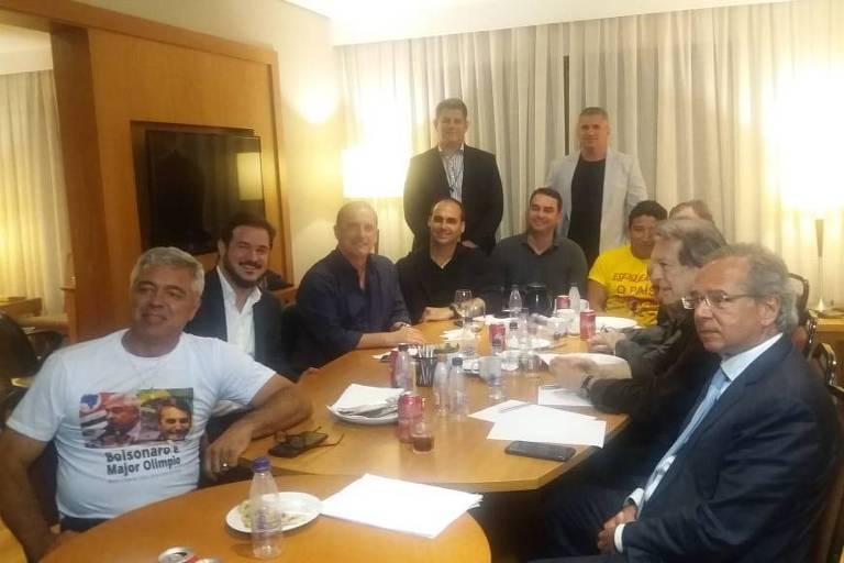 Reunião de líderes da campanha de Jair Bolsonaro em São Paulo