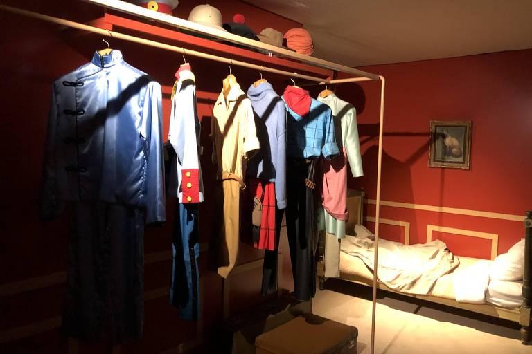 Quarto do Titim com roupas de diversas aventuras, em Cheverny