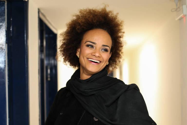 A cantora Luciana Mello