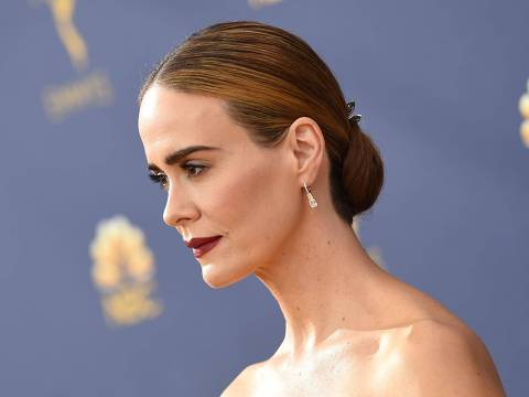 Lead actress in a limited series or movie nominee Sarah Paulson arrives for the 70th Emmy Awards at the Microsoft Theatre in Los Angeles, California on September 17, 2018. (Photo by VALERIE MACON / AFP)