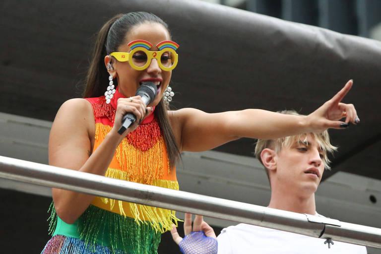 Anitta durante o desfile da 22ª edição da Parada do Orgulho LGBT de São Paulo, em junho de 2018