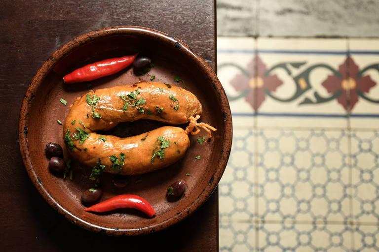 A polêmica das alheiras portuguesas: levam carne de porco ou não?