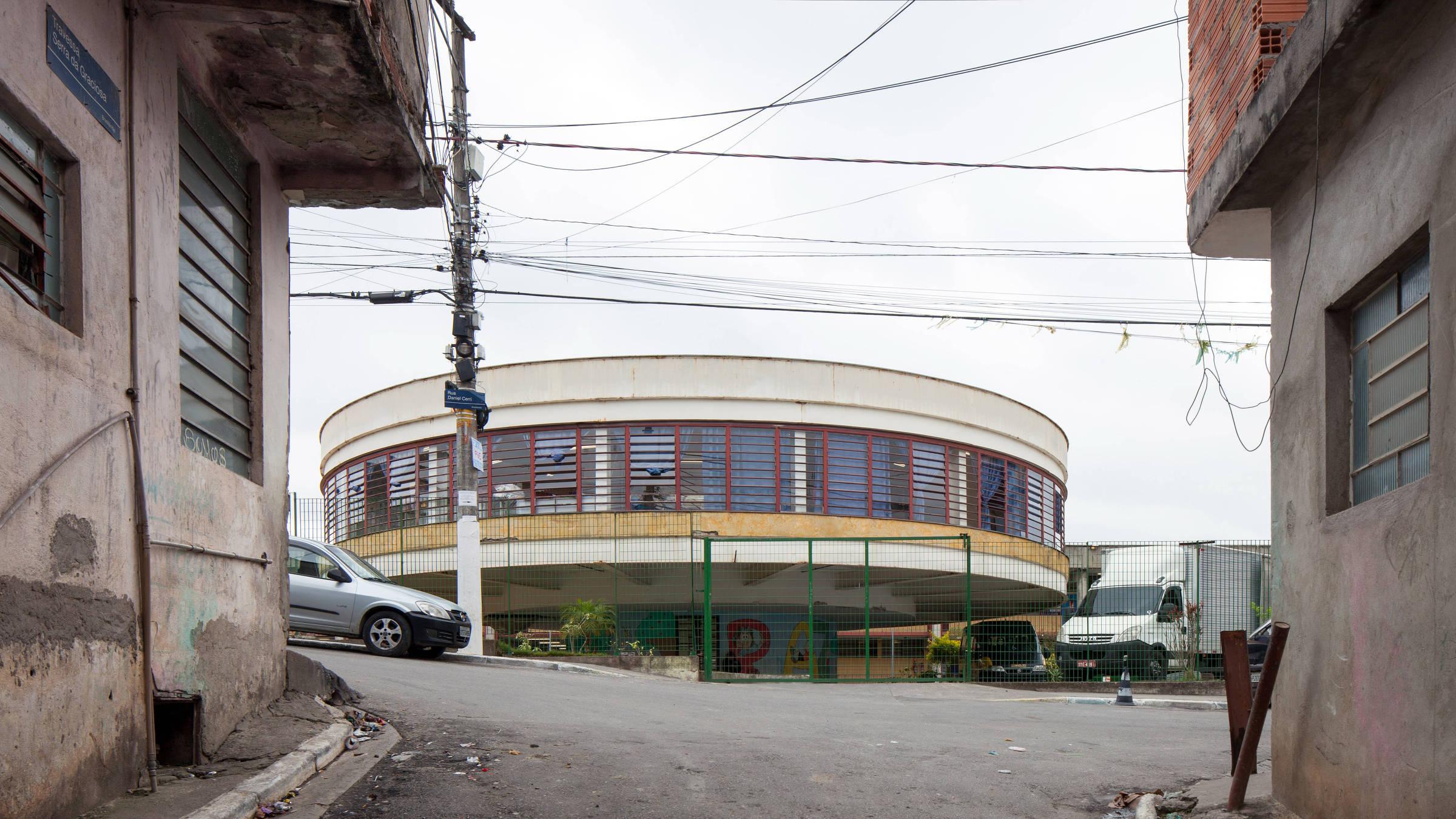 Fachadas de escolas públicas na cidade de São Paulo - Fotos Tuca Vieira/Folhapress