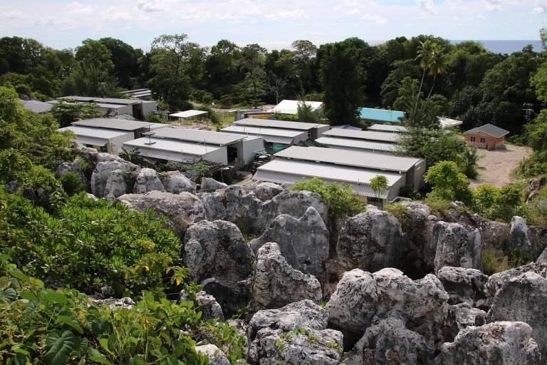 Centro de processamento de imigrantes em Nauru onde estão as crianças
