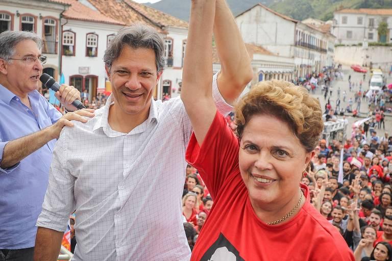 O candidato à Presidência da República, Fernando Haddad (PT) durante  campanha em Ouro Preto, Minas Gerais