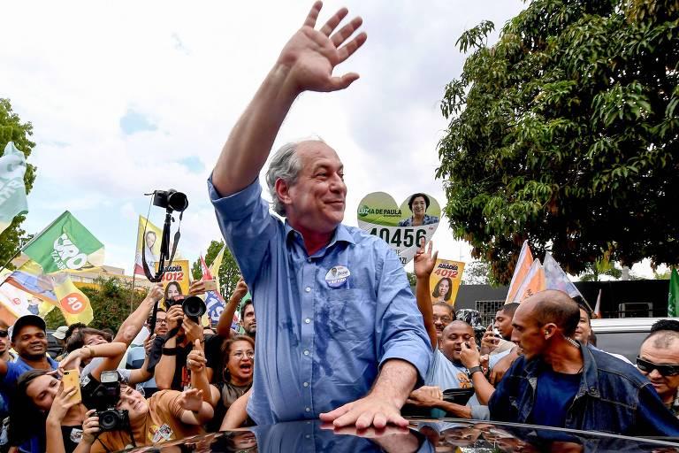 O presidenciável Ciro Gomes (PDT) durante ato de campanha em Núcleo Bandeirante (DF)