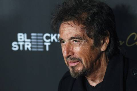 Actor Al Pacino attends the 'Danny Collins' premiere at AMC Lincoln Square Theater in New York, March 18, 2015. REUTERS/Eduardo Munoz (UNITED STATES - Tags: ENTERTAINMENT) ORG XMIT: EMZ132
