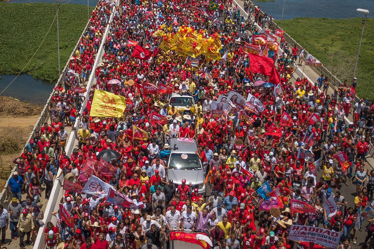 Haddad faz campanha em Petrolina (PE) e Juazeiro (BA), com Rui Costa, Paulo Câmara, Wellington Dias, Humberto Costa e Jaques Wagner