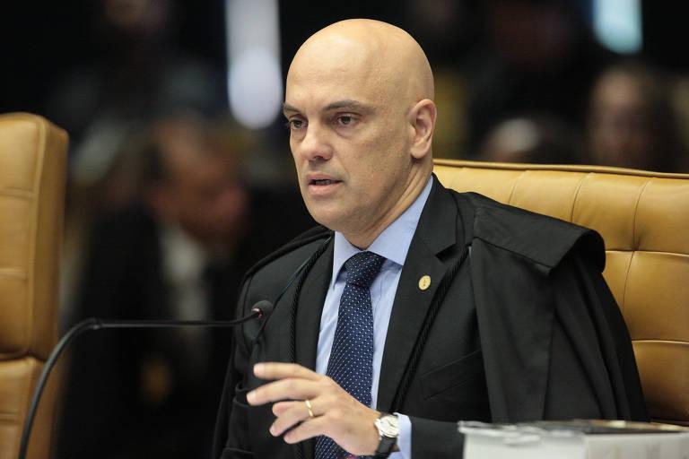 Ministro Alexandre de Moraes durante sessão extraordinária do STF