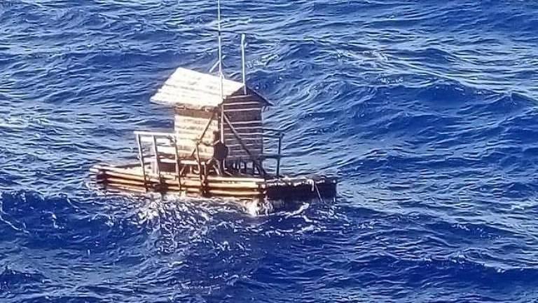 Aldi estavam em uma 'rompong' uma espécie de cabana de pesca flutuante