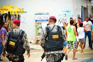 Exército faz escolta em terminais de ônibus de Vitória