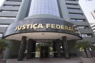 Fachada da sede da Justiça Federal, em Curitiba (PR)
