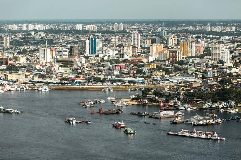 O que fazer e quais pratos experimentar em Manaus