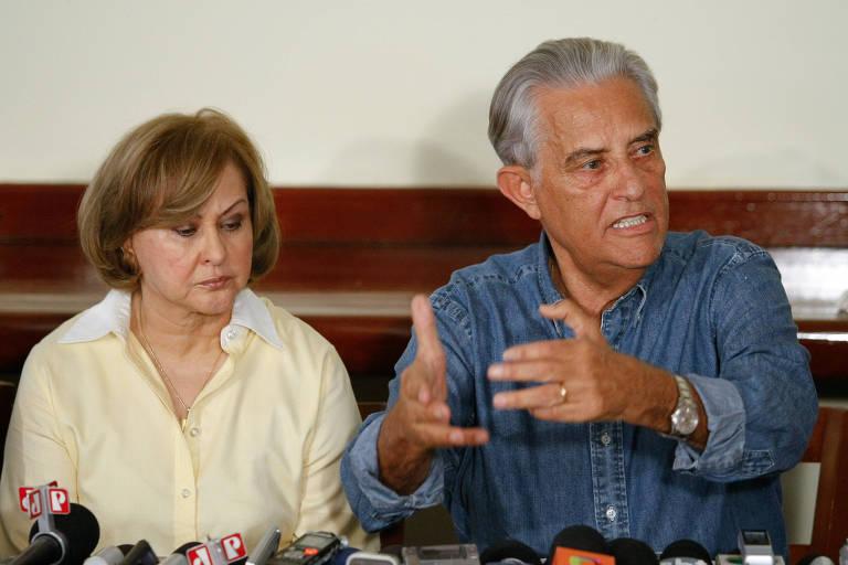 Joaquim Roriz durante entrevista em sua residência ao lado da esposa, Weslian Roriz, que disputou as eleições em seu lugar