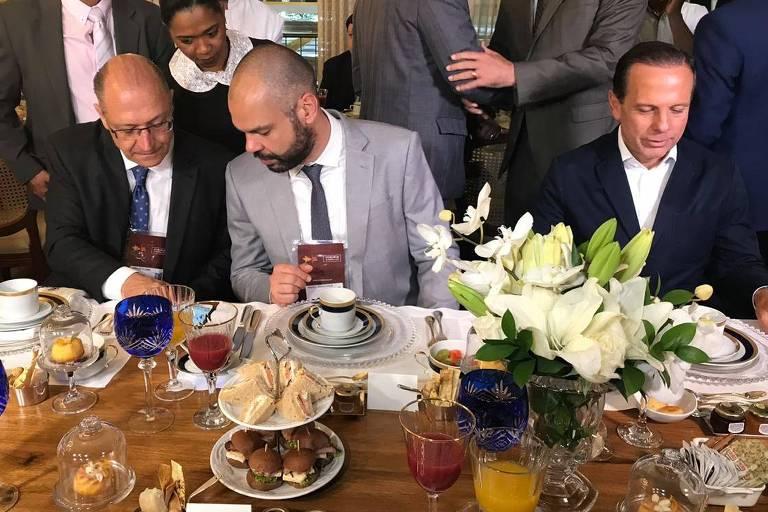 Os tucanos ex-governador Geraldo Alckmin, o prefeito Bruno Covas e o governador João Doria