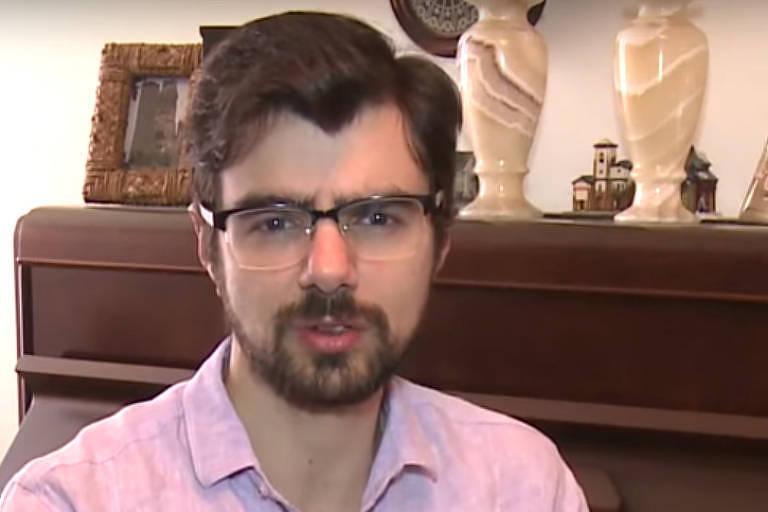 Retrato do economista Guilherme Mello