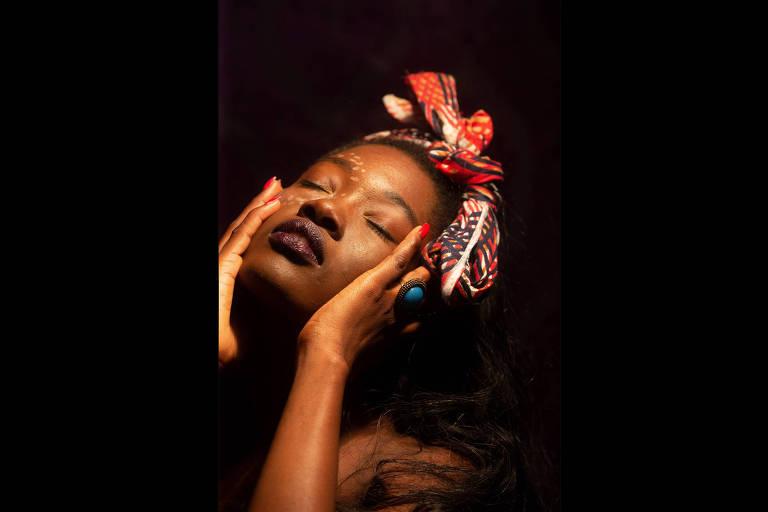 Imigrante de Guiné Bissau vence concurso Miss África Brasil