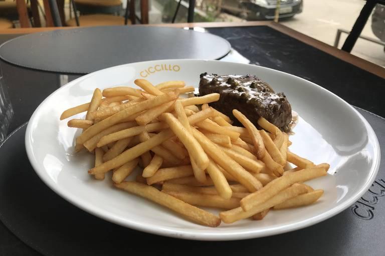 Filé-mignon é opção de prato na Ciccillo, nova pizzaria em Higienópolis