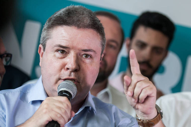 O senador Antonio Anastasia (PSDB), que lidera a disputa pelo governo de Minas Gerais